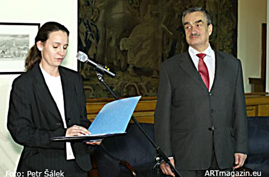 Ministr Karel Schwarzenberg vyznamenal Miloše Formana…