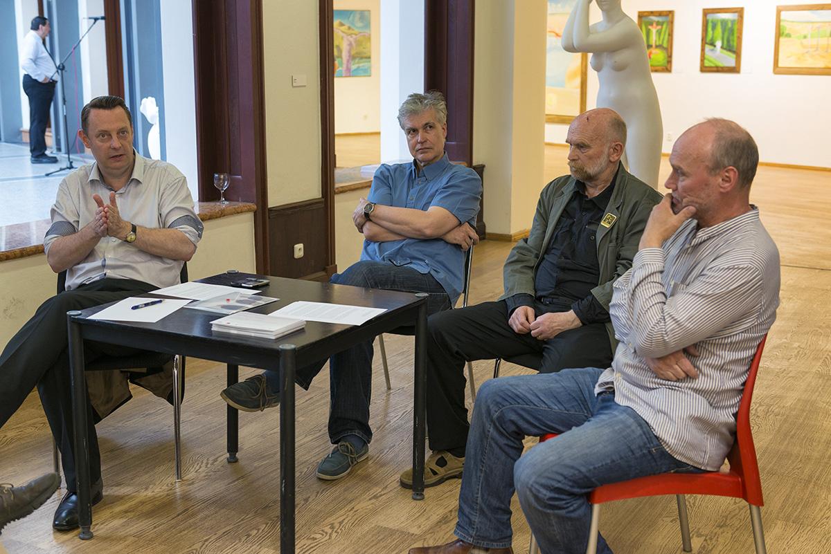 Kurátor Richard Drury a umělci Ivan Komárek, Vojtěch Adamec a Jiří Středa, foto: Petr Šálek