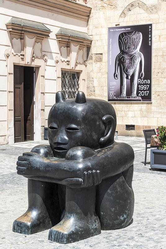Jaroslav Róna po dvaceti letech vystavuje U Kamenného zvonu.