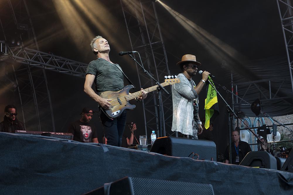 Sting a Shaggy propagují album 44/876 na společném turné