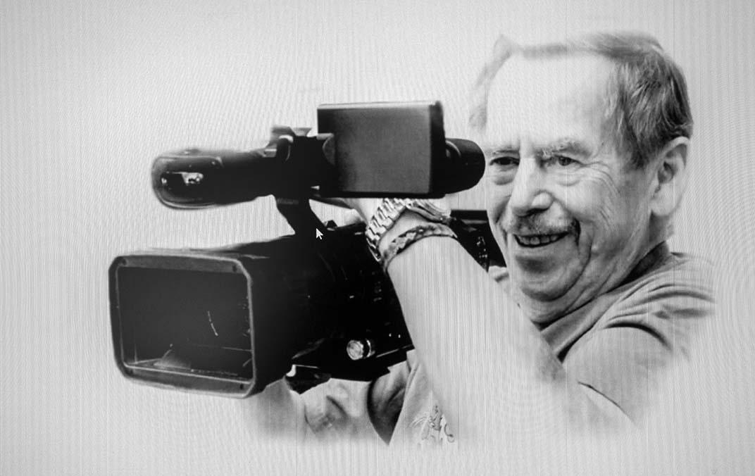 """Tady Havel, slyšíte mě?""""- novinky ze střižny"""