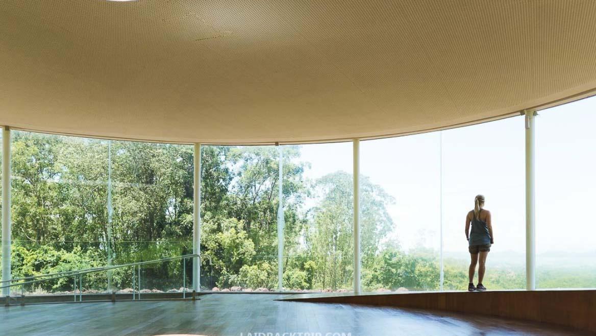 Inhotim – obrovská galerie a botanická zahrada uprostřed brazilské přírody