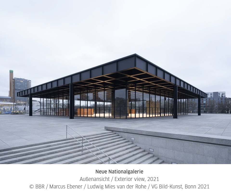 Stavba od architekta Mies van der Rohe v Berlíně se po rekonstrukci opět otevřela pro veřejnost